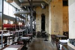 Restaurant Casino in einer zwölf Meter hohen Maschinenhalle der Zeche Zollverein in Essen. Foto: Uwe Roth