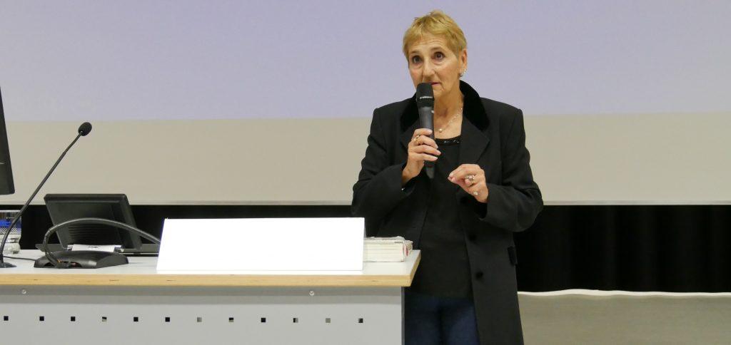 Historikerin Erika Rosenberg, Professorin aus Buenos Aires, bei einem Gastvortrag an der PH Ludwigsburg. Foto: Uwe Roth