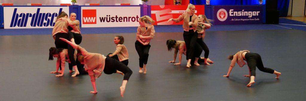 Die Formation Dance Works des 1. TC Ludwigsburg bei der Deutschen Meisterschaft für Jazz- und Modern-Dance-Formationen 2017. Foto: Uwe Roth