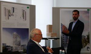 Stuttgart Turm am Mailänder Platz. Erster Preisträger Architekturwettbewerb Büro RKW Architektur + Düsseldorf. Geschäftsführer Dieter Schmoll links). Foto: Uwe Roth