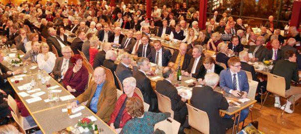 Neujahrsempfang der Kreis-CDU Ludwigsburg in der Stadthalle von Markgröningen. Hauptredner waren EU-Kommissar Günther Oettinger und Europaabgeordneter sowie Kreisvorsitzender Rainer Wieland. Foto: Uwe Roth