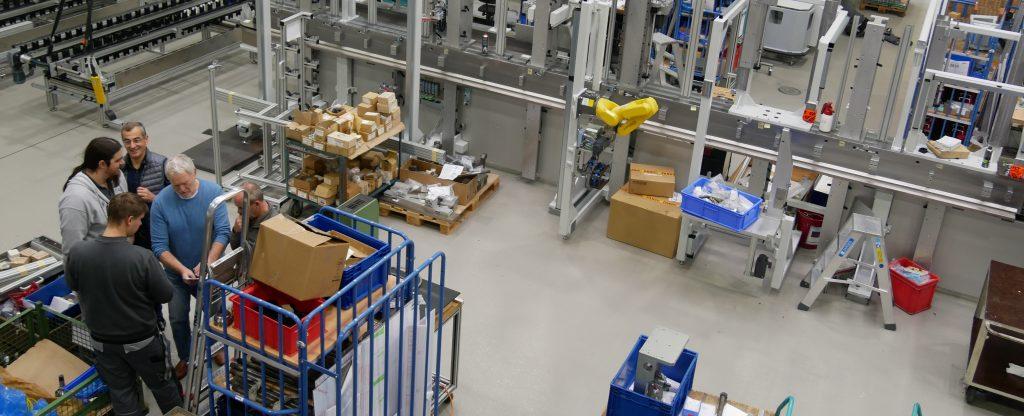 Firma Holz Automation in Backnang produziert komplexe Sondermaschinen - ganz nach Kundenwunsch. Foto: Uwe Roth