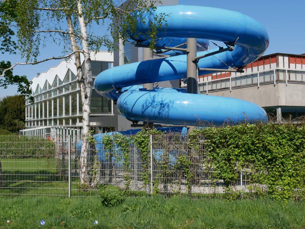 Stadionbad Ludwigsburg mit neuer Rutsche. Foto: Uwe Roth