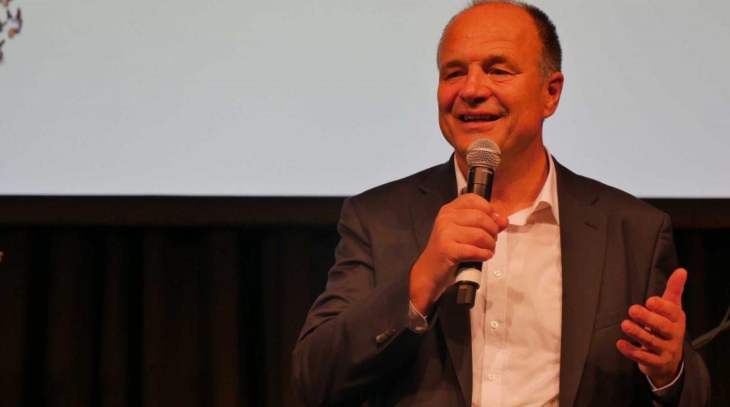 Ludwigsburgs Oberbürgermeister Werner Spec bei seiner Abschiedsrede. Foto: Uwe Roth